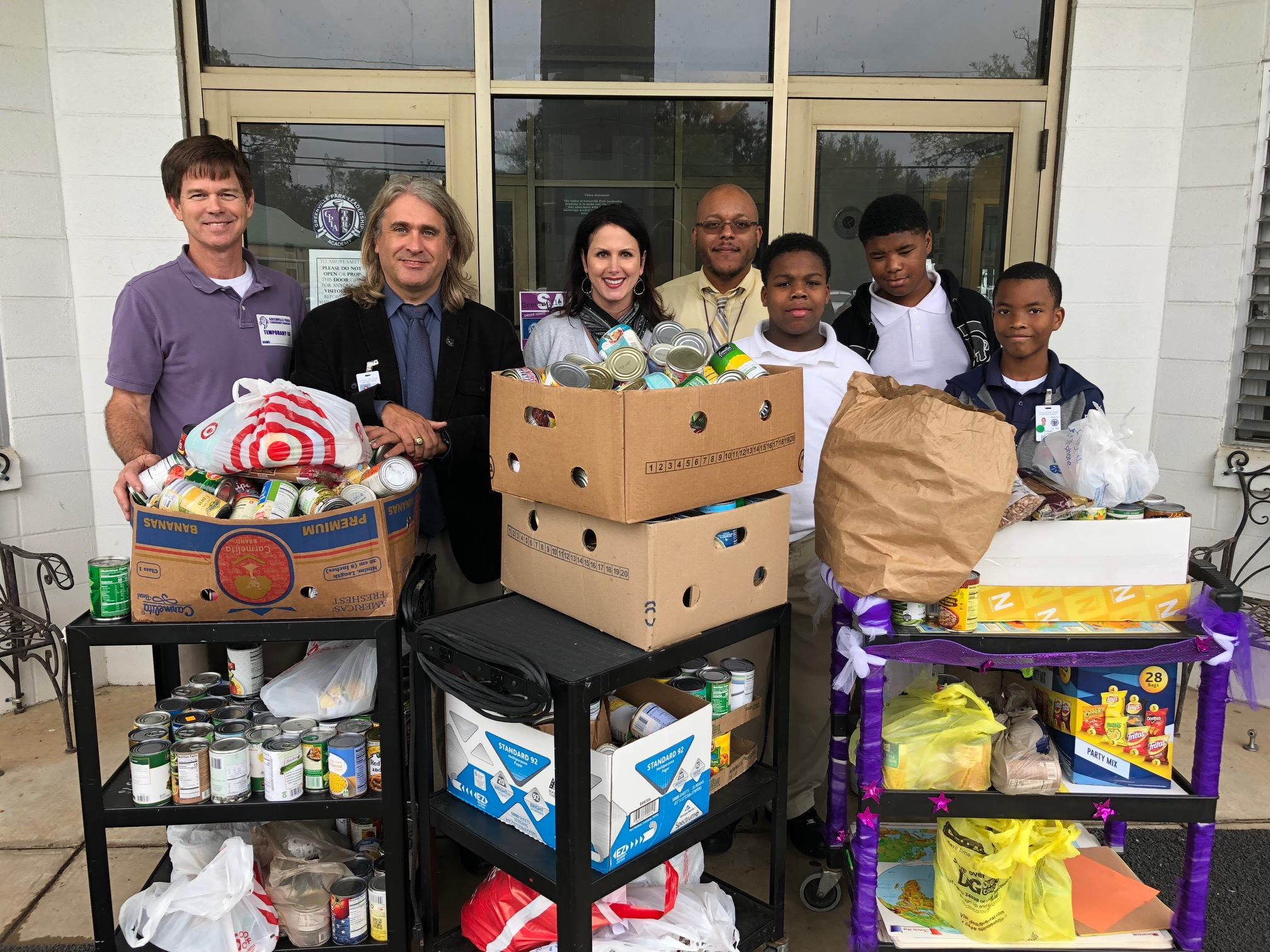 Donate Food - Please drop off food items at Our Daily Bread on Mondays, Tuesdays, or Thursdays from 8 a.m. until 2 p.m.