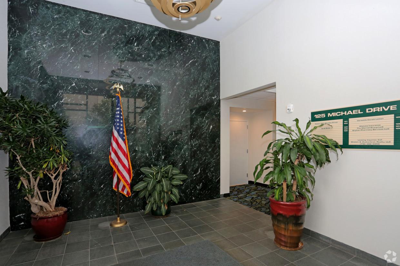 Foyer with pylon.jpg