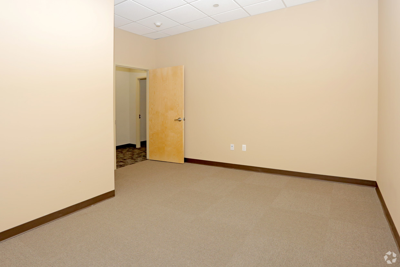 Interior office #2.jpg