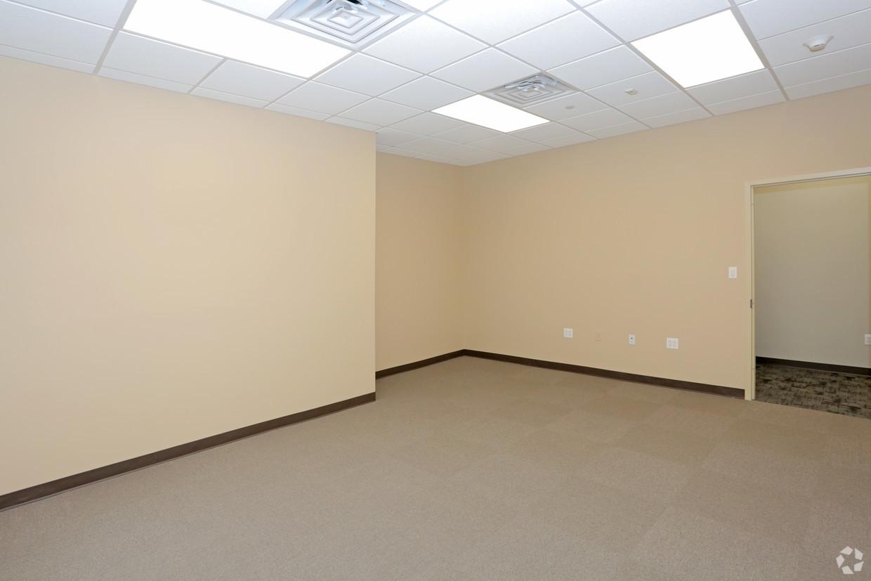 Interior office .jpg