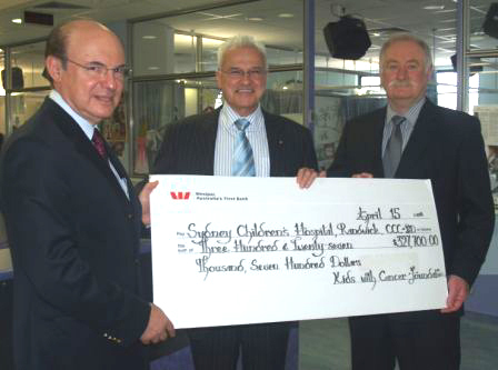 Pictured on the left, Senior Oncologist Dr. Richard Cohn, Head of Clinical Oncology , Professor Les White AM, Executive Director Sydney Children's Hospital receiving the cheque for $327,700 from the Foundation's Peter Bodman.