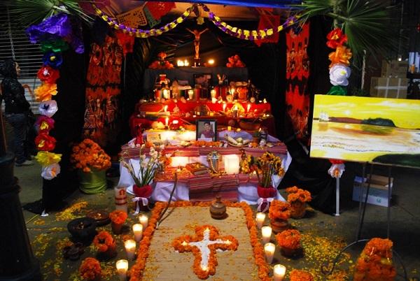 Hanal-Pixán-Altar-4.jpg
