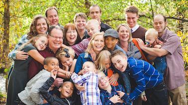 ¿Cuándo debería hablar con mi familia y mis amigos? - por Dannielle Owens-Reid y Kristin Russo, fundadores de My Kid Is Gay