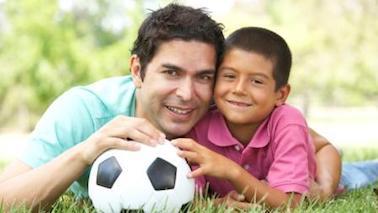 ¿Es un Niño de 8 Años Muy Joven para Saber que es Homosexual? - por Julie Tarney Trad. por Katia Ortiz