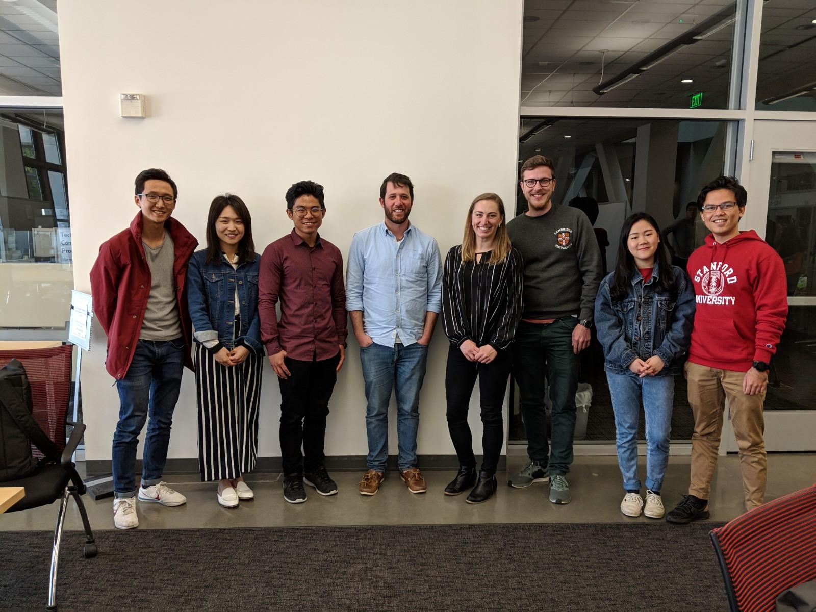 Post-hack photo! - Lee Yan Hui, Travis Tang Voon Hao, Frankie Ye Htet Myat, Evangeline Ng and Google Judge Panels: Andrew Peterman and Kendal Smith