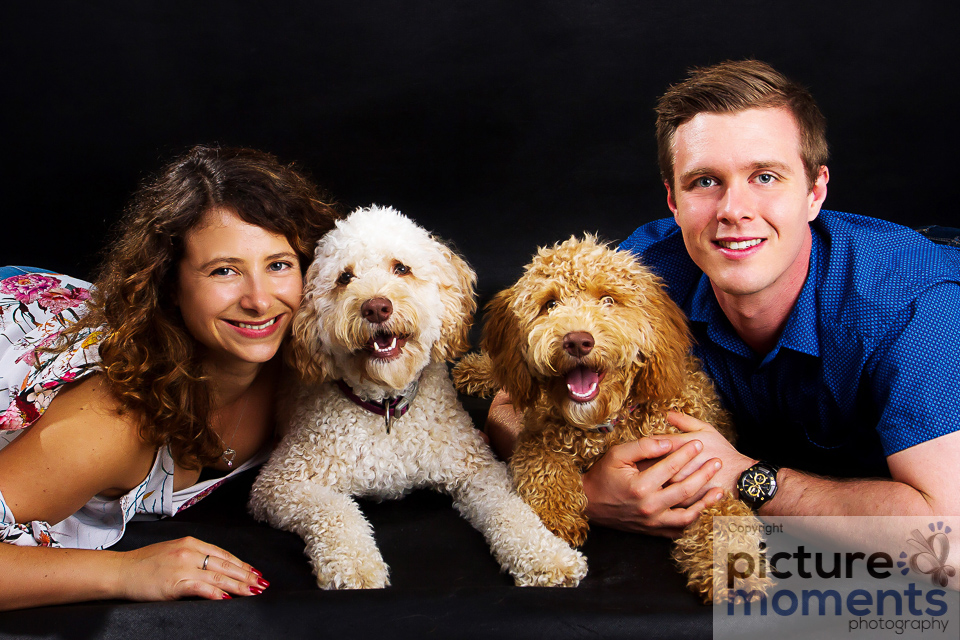 Picture Moments pet family121.JPG