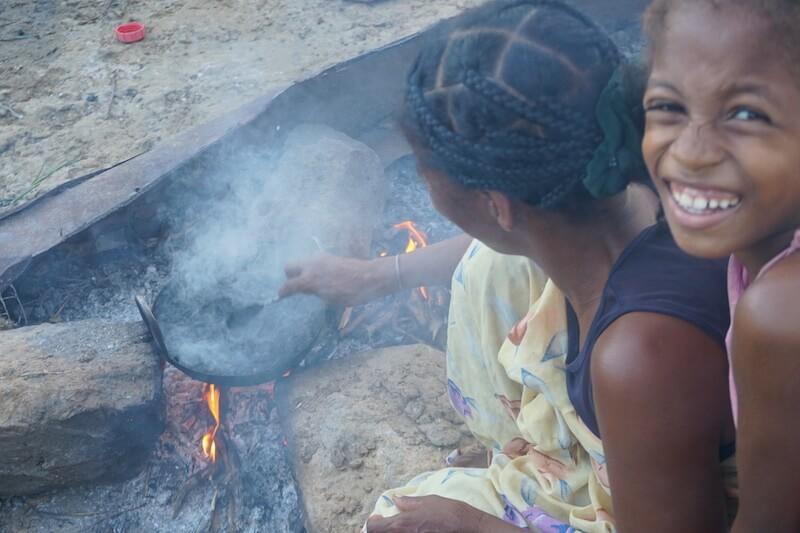 nicole-motteux-sustainable-coffee-advocate-moratsara-street-seller-health-madagascar22.JPG