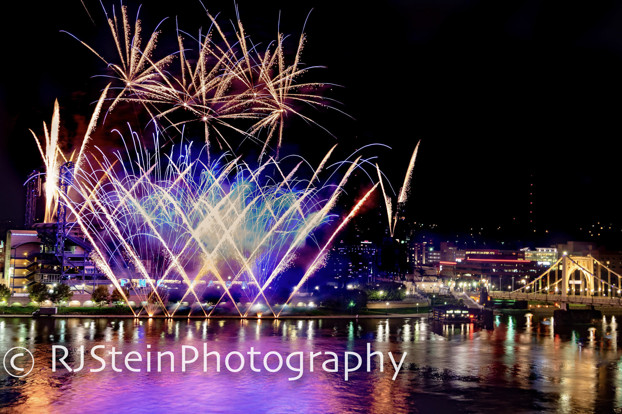 pnc park fireworks deluxe, pittsburgh, 2018
