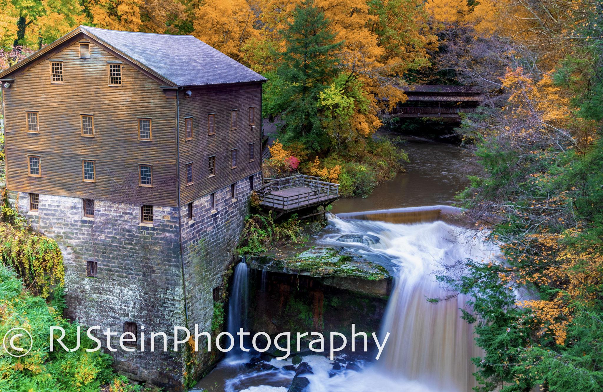 lanterman's mill in fall, ohio, 2018