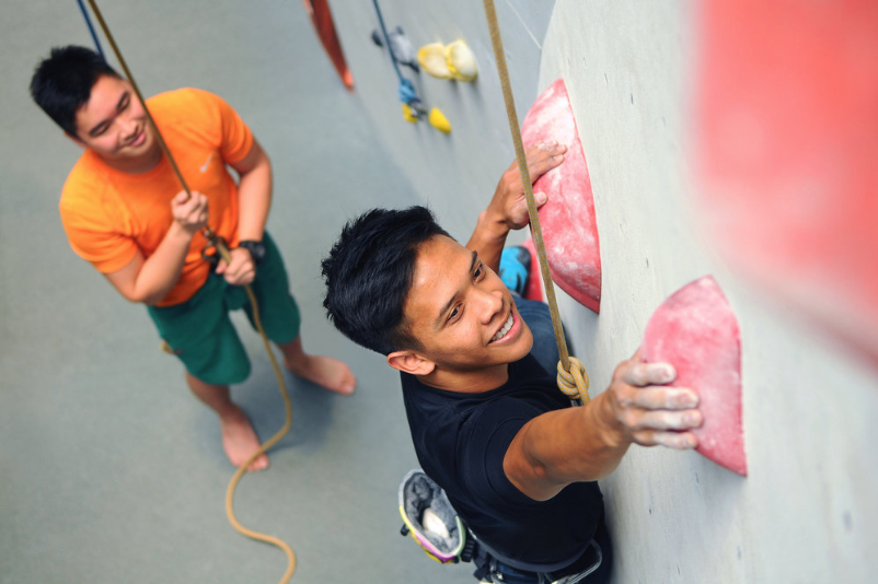 TOP ROPE CLIMBING - Come and learn the technical skills required to climb and belay on top rope. No prerequisites!This class will equip you with the technical skills required for top rope climbing/belaying and includes lots of hands-on practice time!Member Discount$5 discount for Orange or White Pass holders
