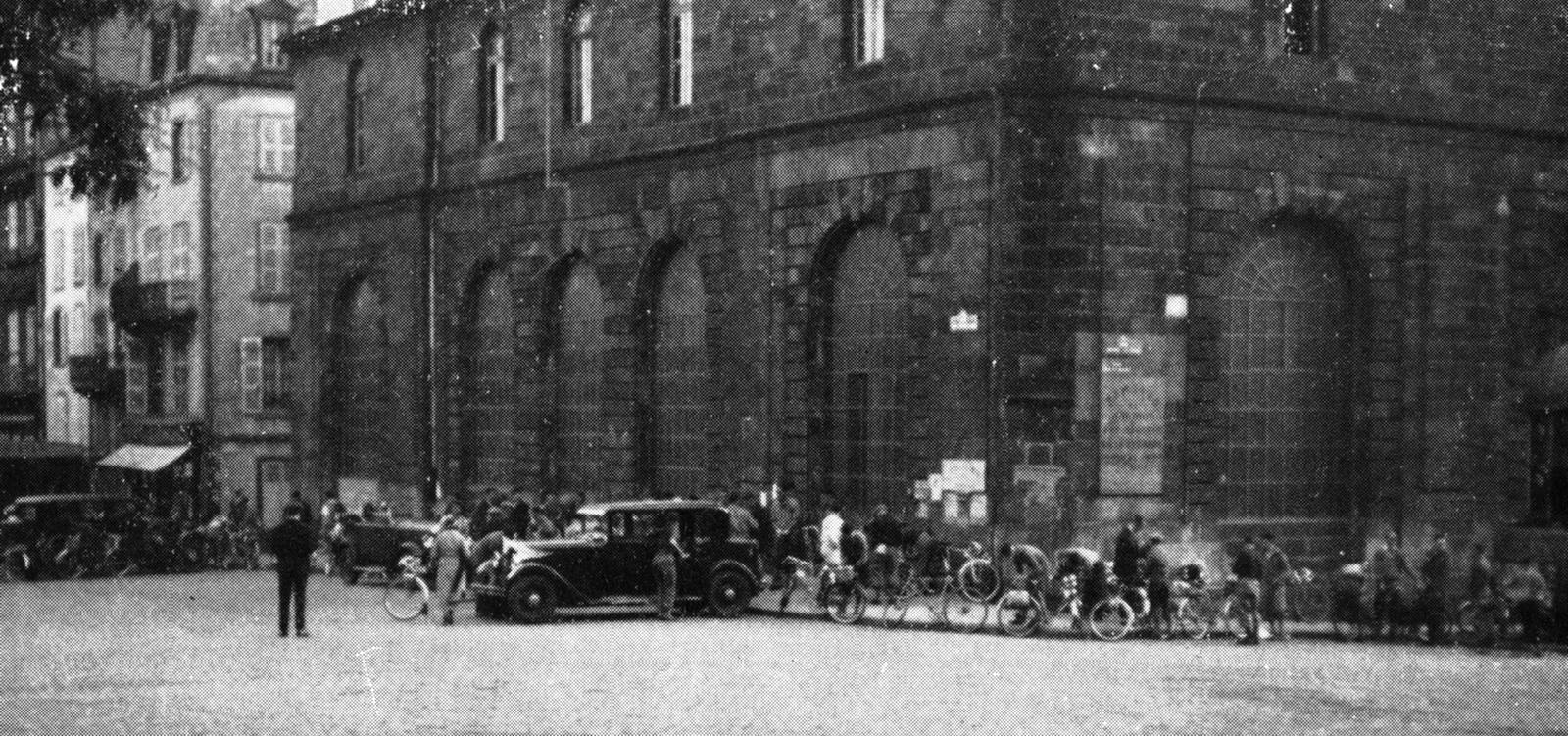 Le départ du Concours de Machines 1934 depuis Clermont-Ferrand