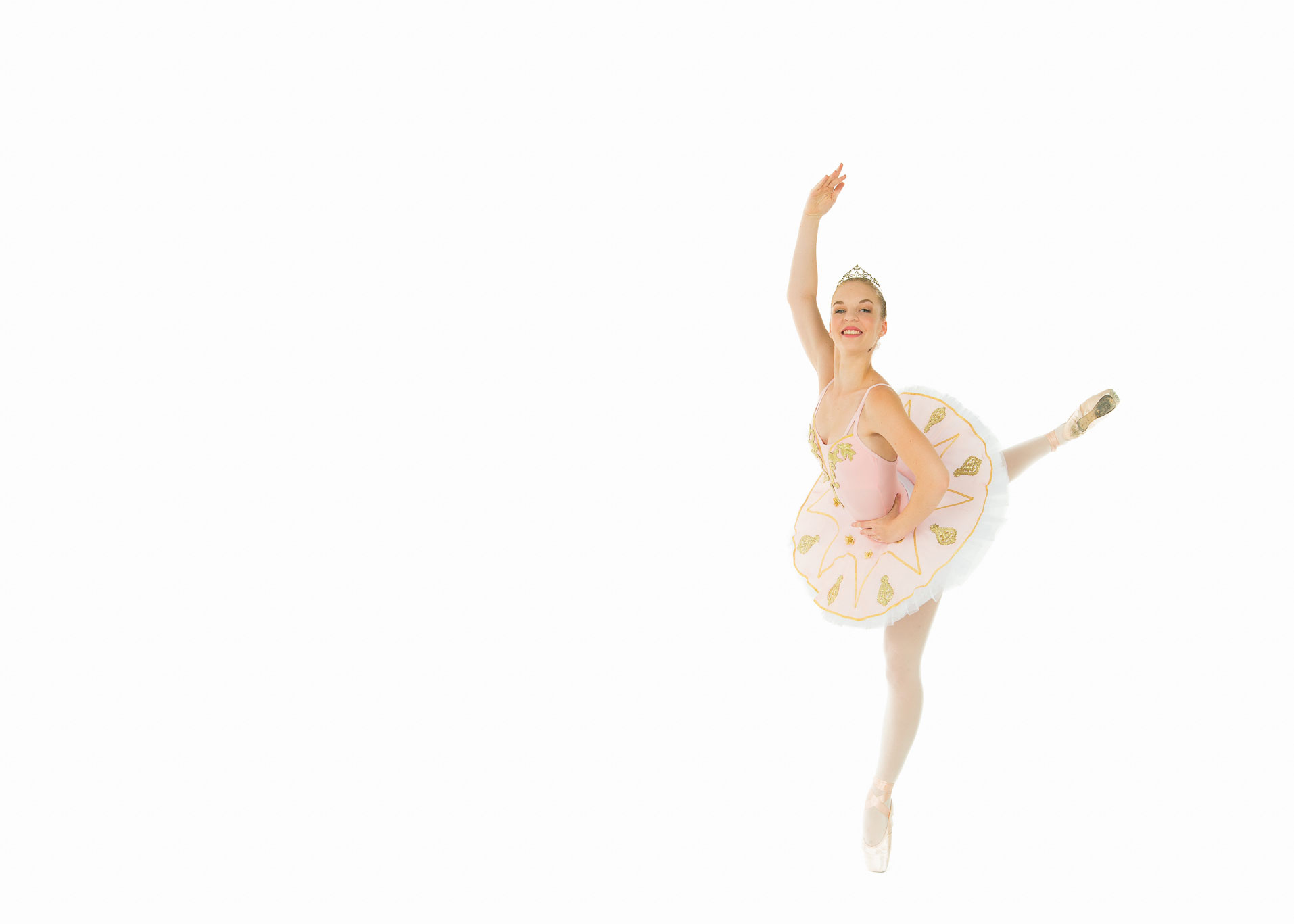 Line Van Zyl – Alumni The National Ballet Studio Dubai