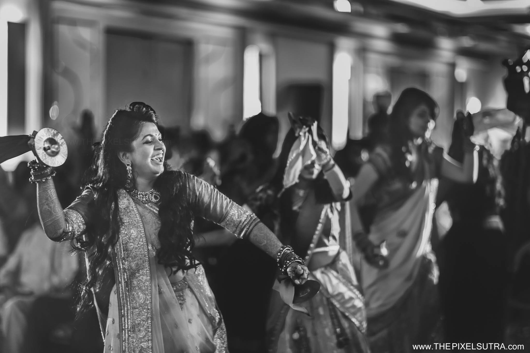 The Pixel Sutra Biral x Shruti Candid Wedding photographer Mumbai Best  (14).jpg