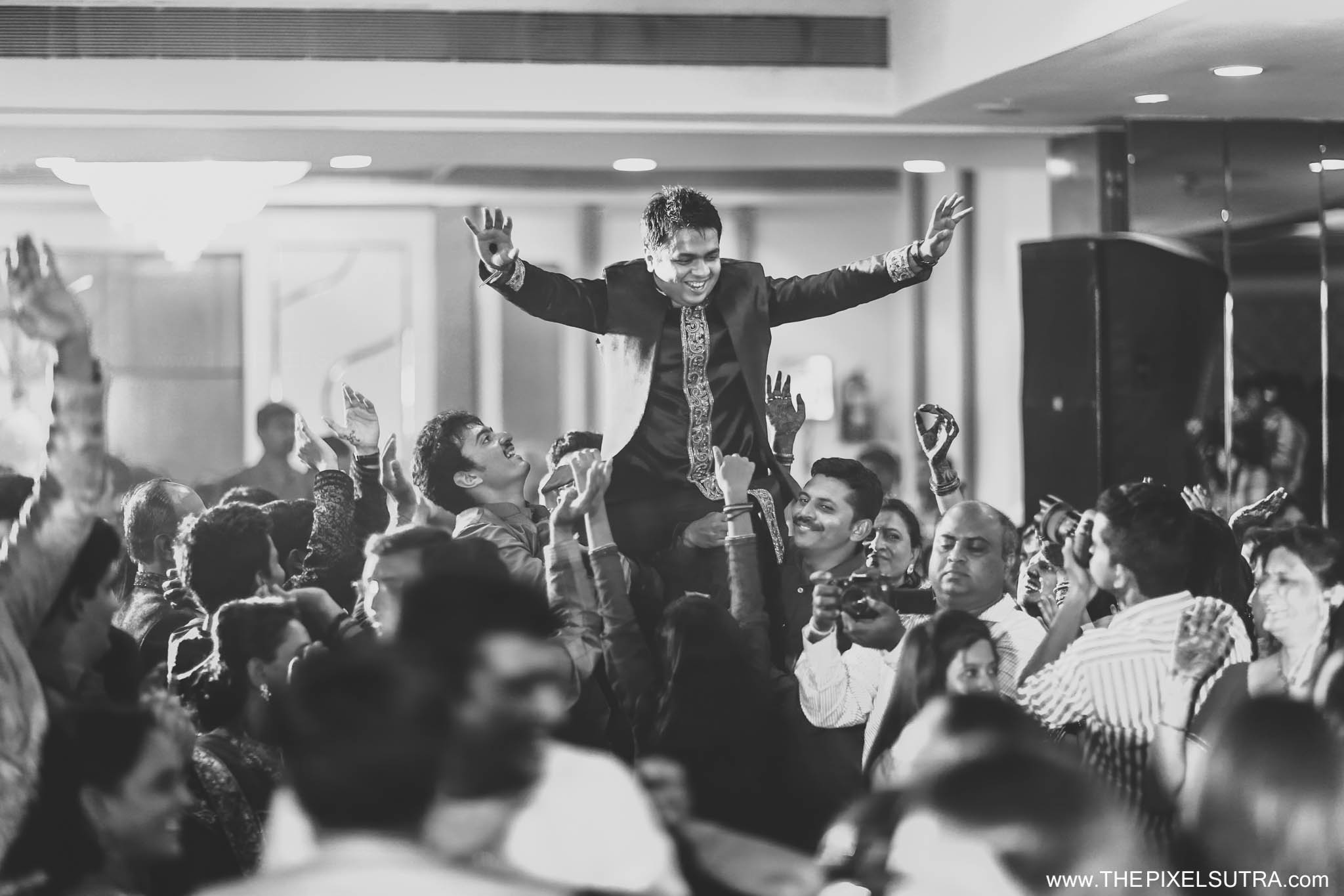 The Pixel Sutra Biral x Shruti Candid Wedding photographer Mumbai Best  (29).jpg