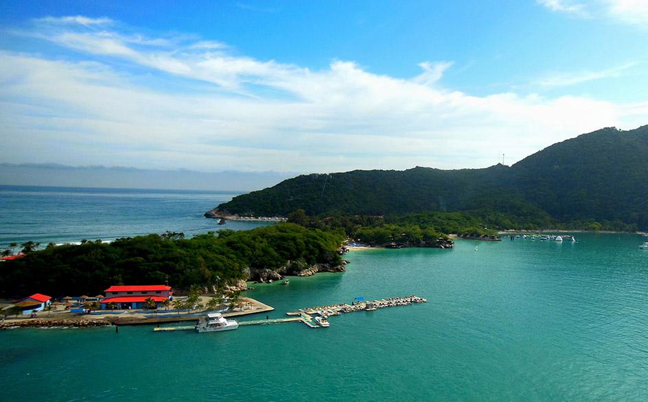 paradise-ocean-landscape-in-haiti.jpg