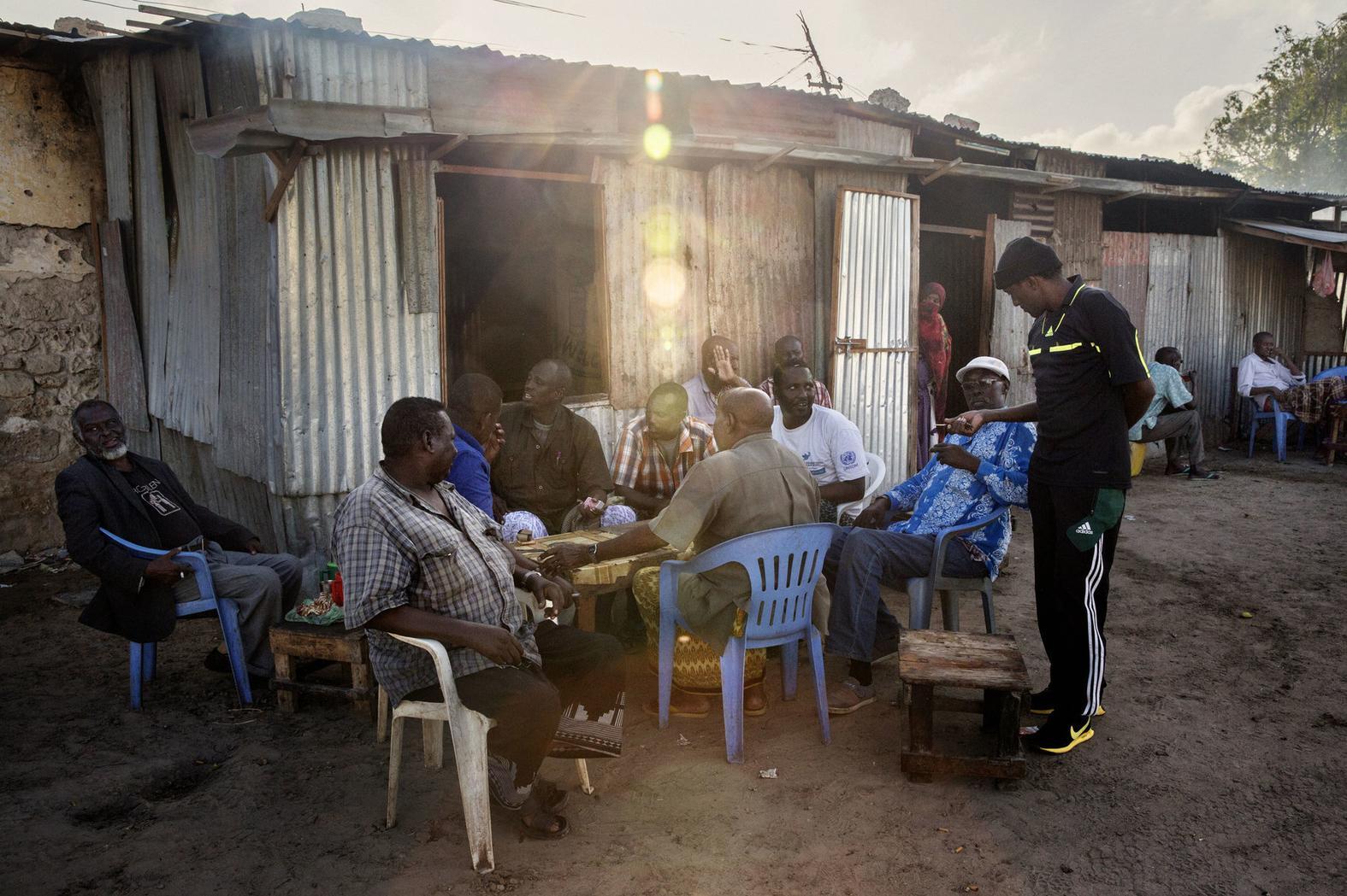 intervista-marco-gualazzini-somalia-contrasto-body-image-1479382533.jpg