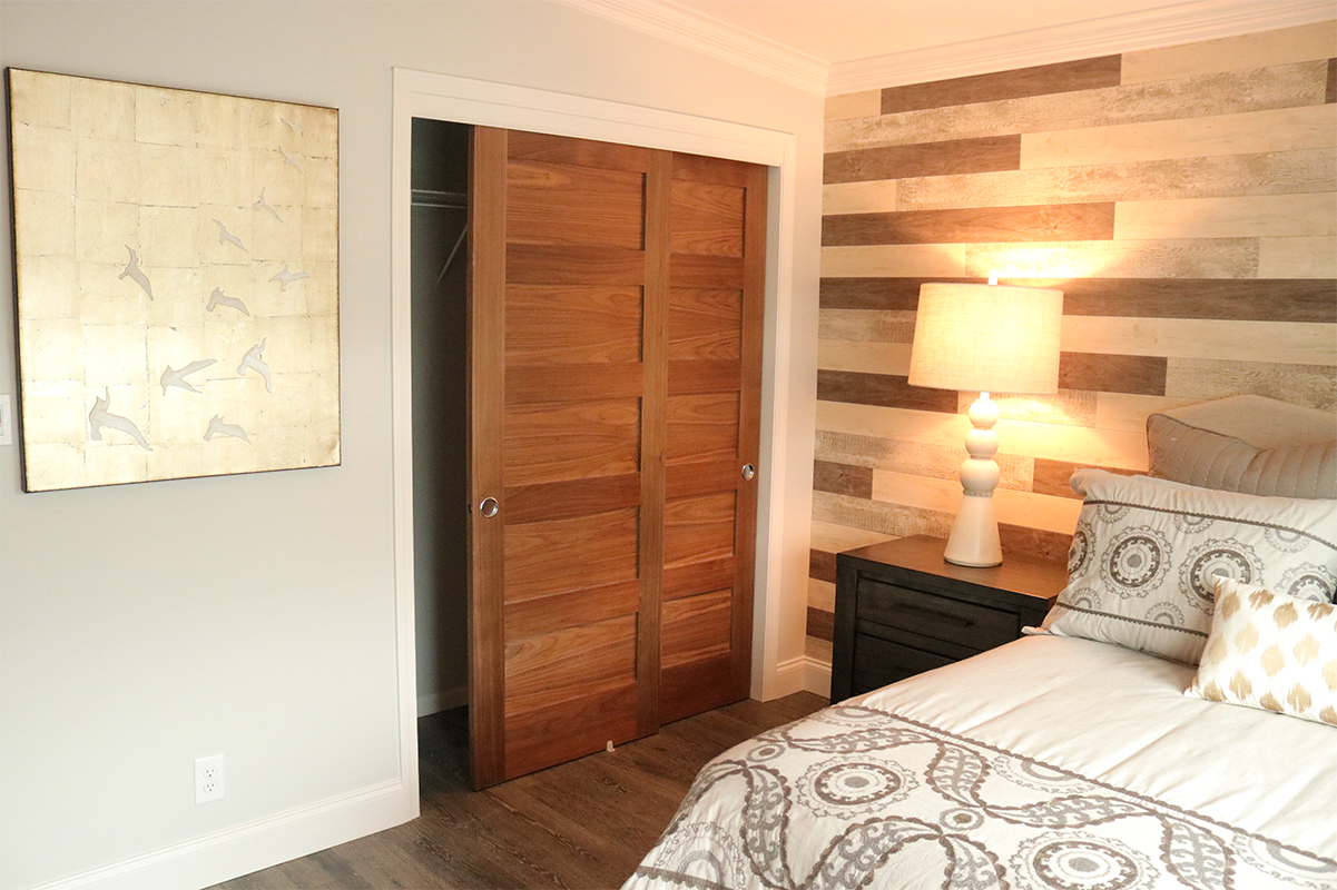 Interior-shaker-closet-sliding-doors-755.jpg