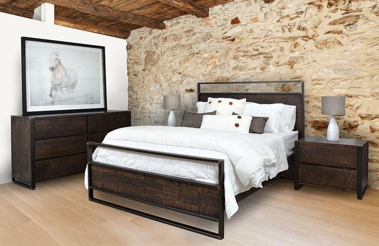 carson+bedroom+suite+in+room-u15842-fr.jpg