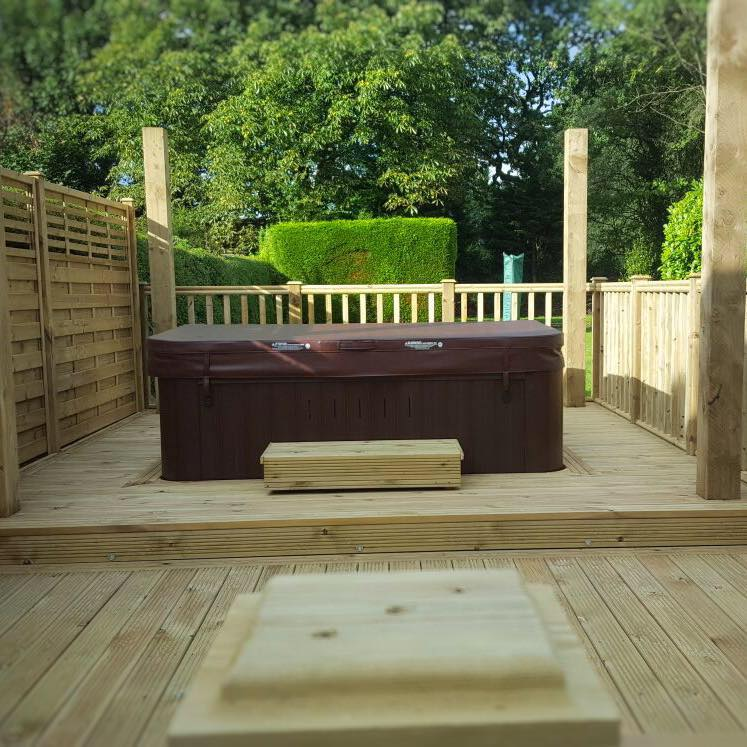 Preswood Garden & Decking - Professional garden decking service with over 10 years of experience in garden decks of all shapes, sizes and dimensions.Email : mg.ish@uwclub.netContact MarkTel : 07977 635299