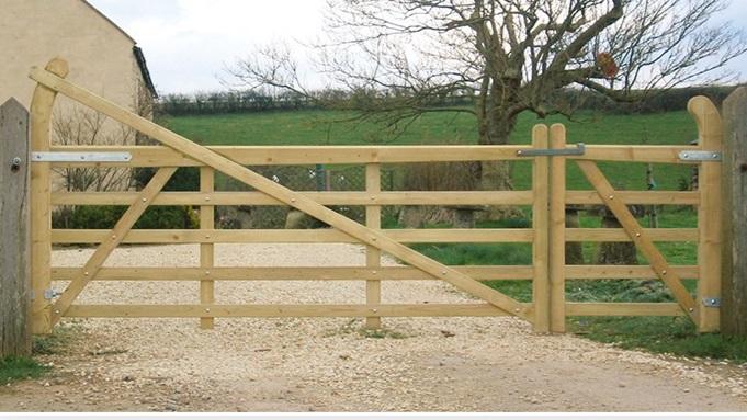 estate+gates.jpg