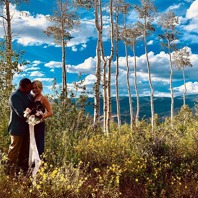 Congratulations Mr. & Mrs. Dennis! . Thank you to the amazing team that brought this elopement celebration to life. . @davidlynnphoto @idobeautyboutique @ritzcarltonbachelorgulch @bellalufloral @platypuspapers @marielboutique