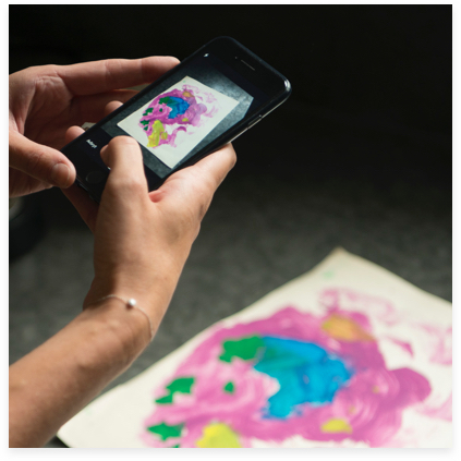 1. Snap - Take a snap of your child's latest masterpiece. The app helps you to get the best possible quality. The drawing is saved in the app and also, just in case, in our 'cloud'.