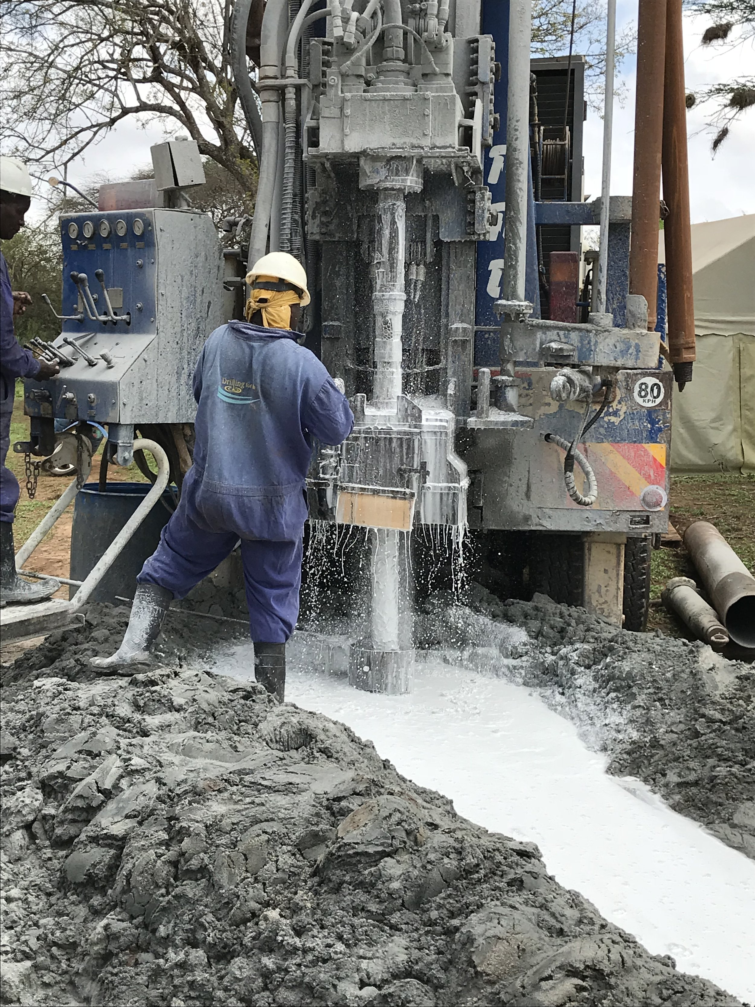 Kathonzweni Drilling 2.JPG