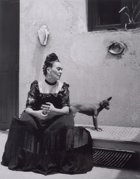 frida-kahlo-photo.jpg