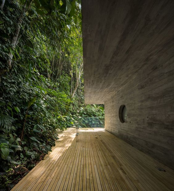 Studio MK27 Jungle House