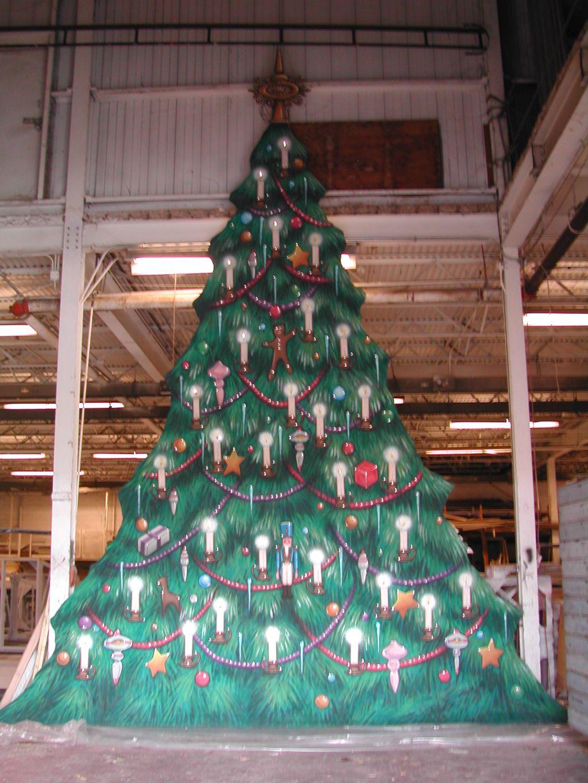 Christmas Tree Drop - Build.jpg