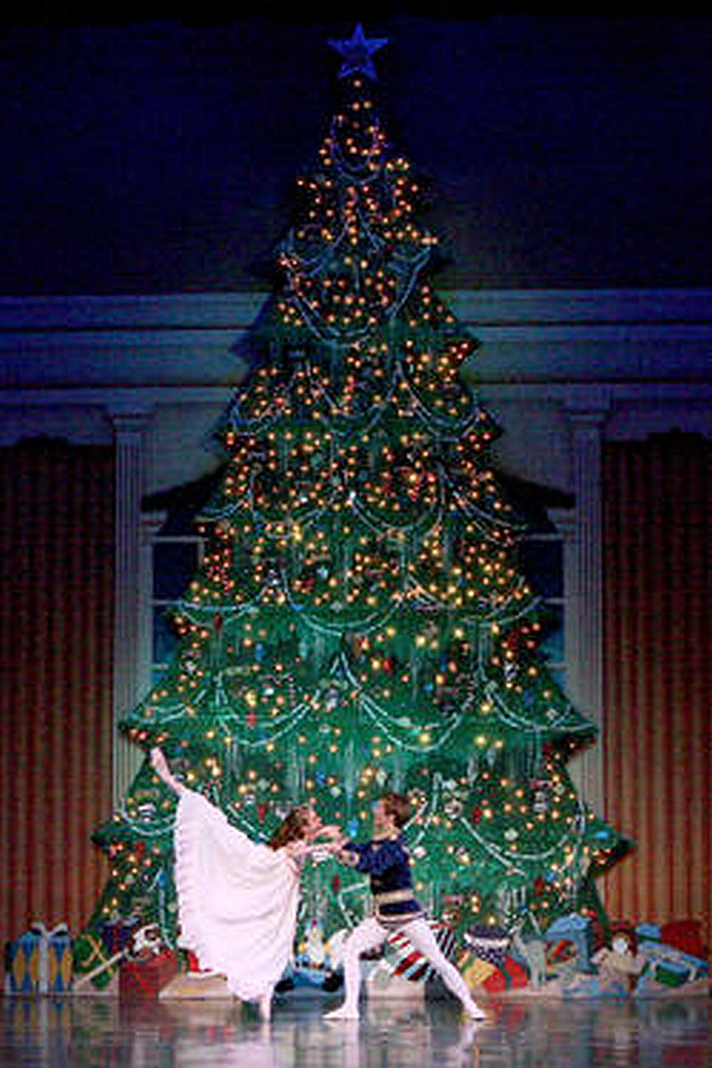 Christmas Tree Drop - At Event.jpg