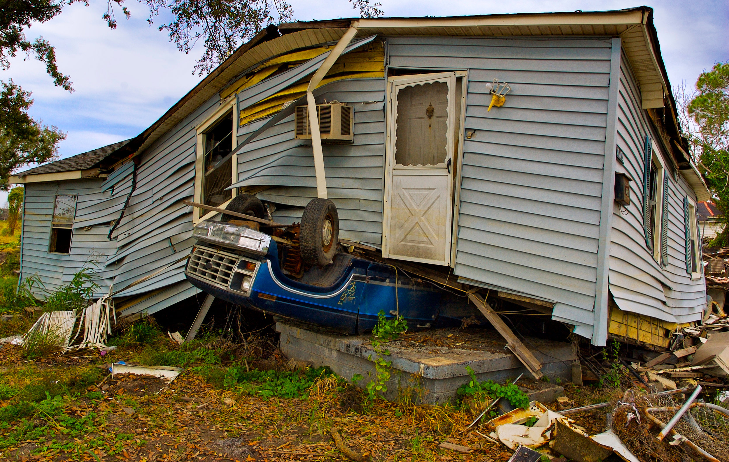 Communities in the Florida panhandle are still waiting for rebuilding aid after hurricanes last year ravaged the region. ( Image via Unsplash/@koopfilms)