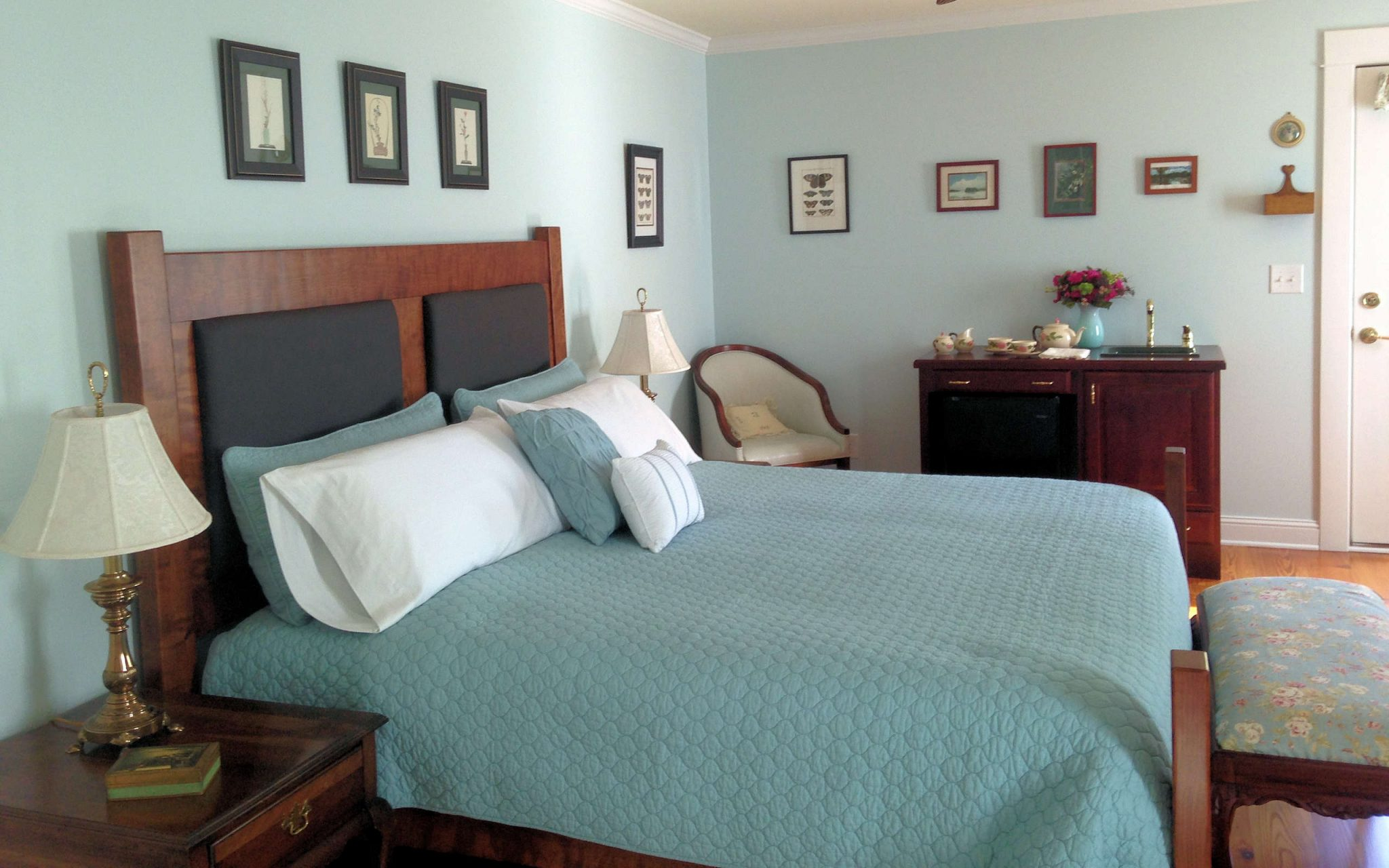 River-Dell-Bed-and-Breakfast-suite.jpg