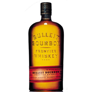 BULLEIT FRONTIER  AROMA  A smooth and strong scent of oak. Also, a rich and full-bodied aroma of rye.  TASTE  Smooth with tones of maple, oak, and nutmeg  FINISH  Long, dry and satiny with a light toffee flavor