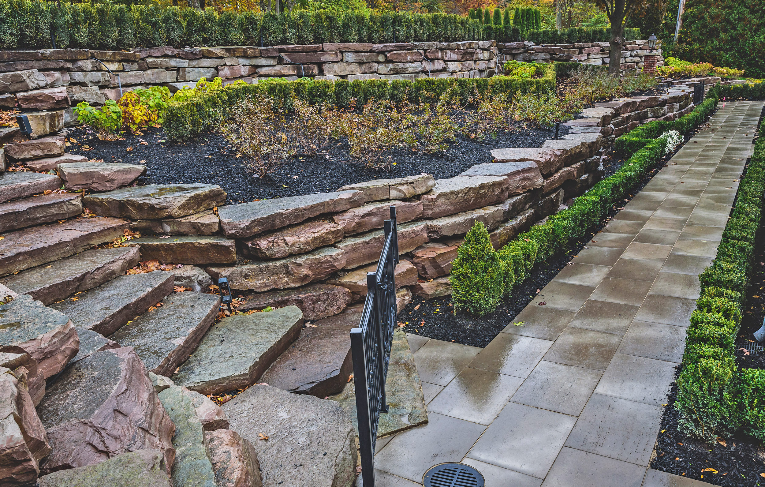 haddad-quality-landscaping-michigan-bloomfield-stately-home-02.jpg