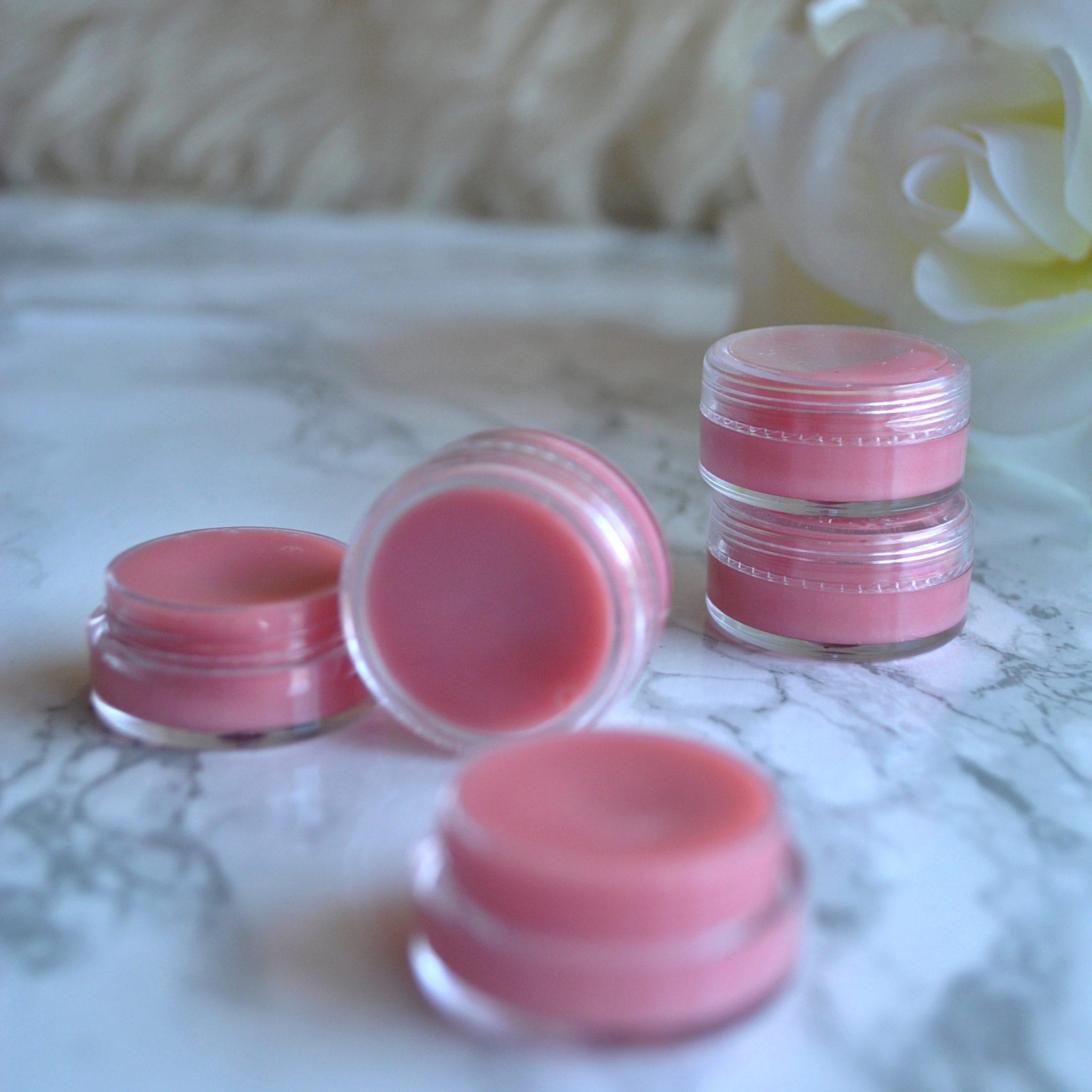 The-Hungarian-Brunette-Homemade-DIY-Lip-balm-23.jpg