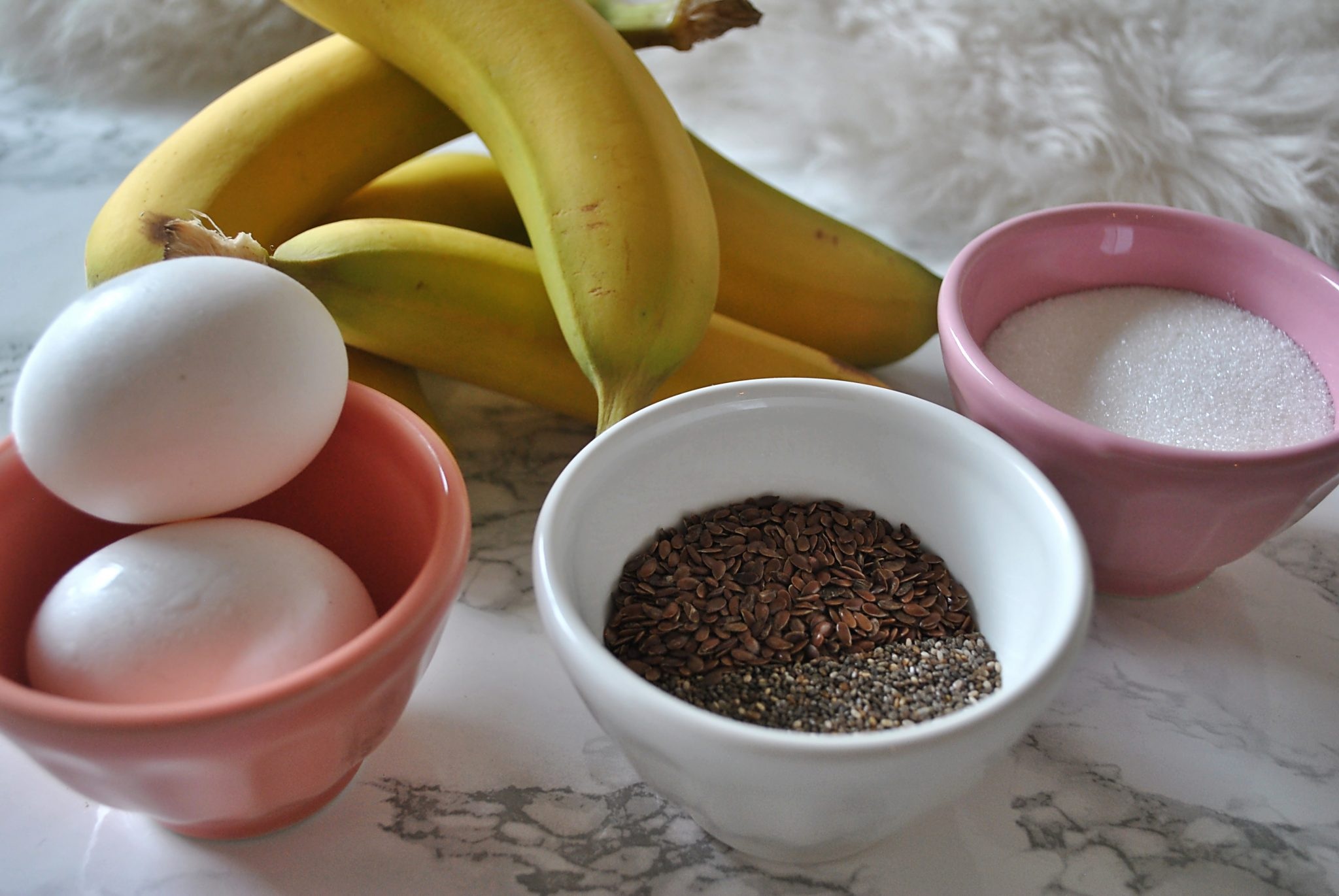 The-Hungarian-Brunette-Super-Banana-Bread-Ingredients-2.jpg