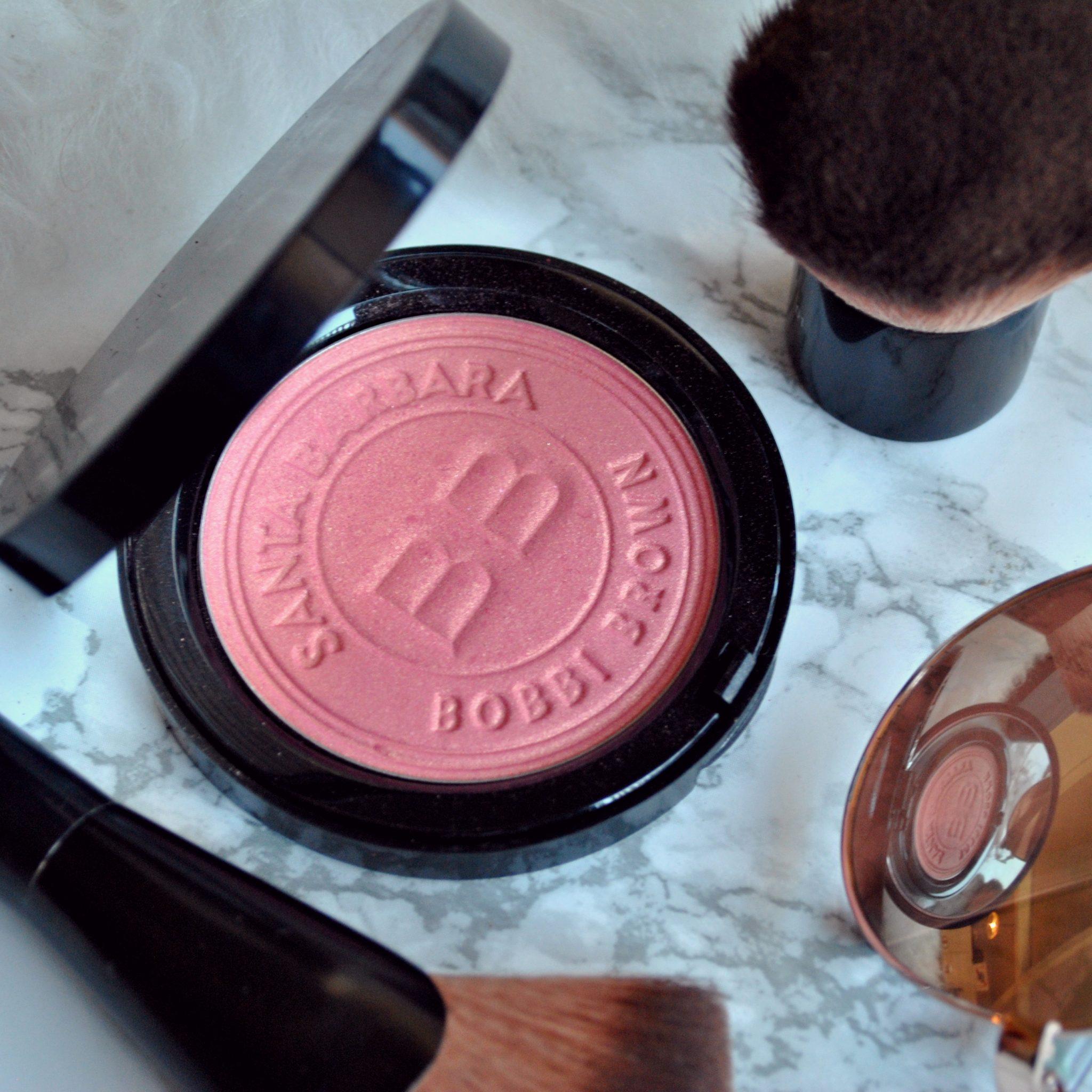 The-Hungarian-Brunette-Beauty-Wednesday-Bobbi-Brown-Blush.jpg