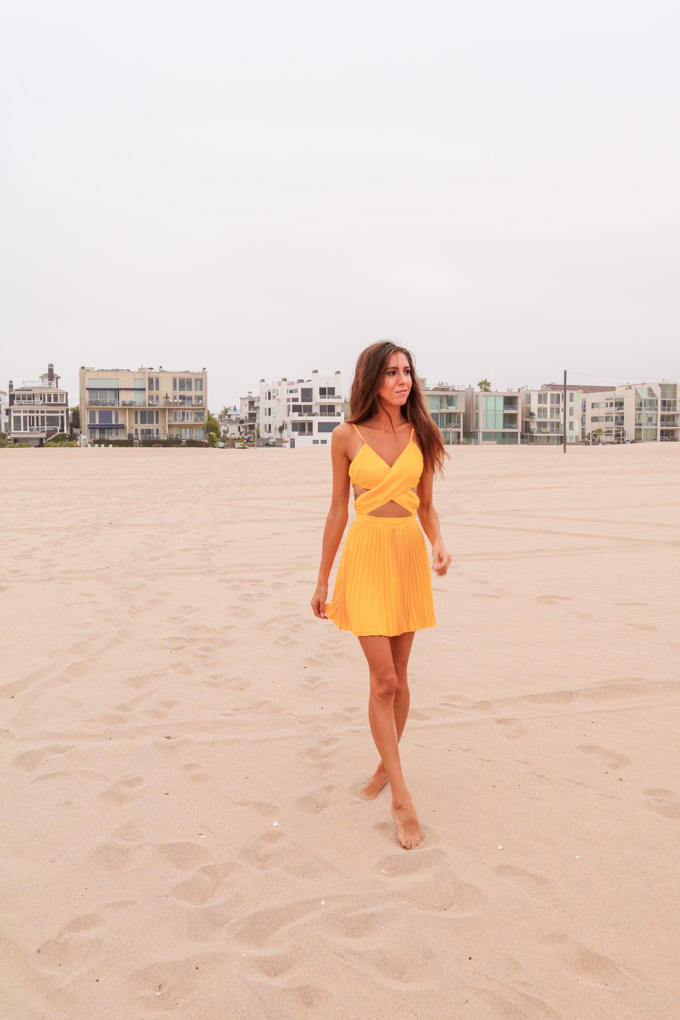The-Hungarian-Brunette-Yellow-dress-5-of-6.jpg