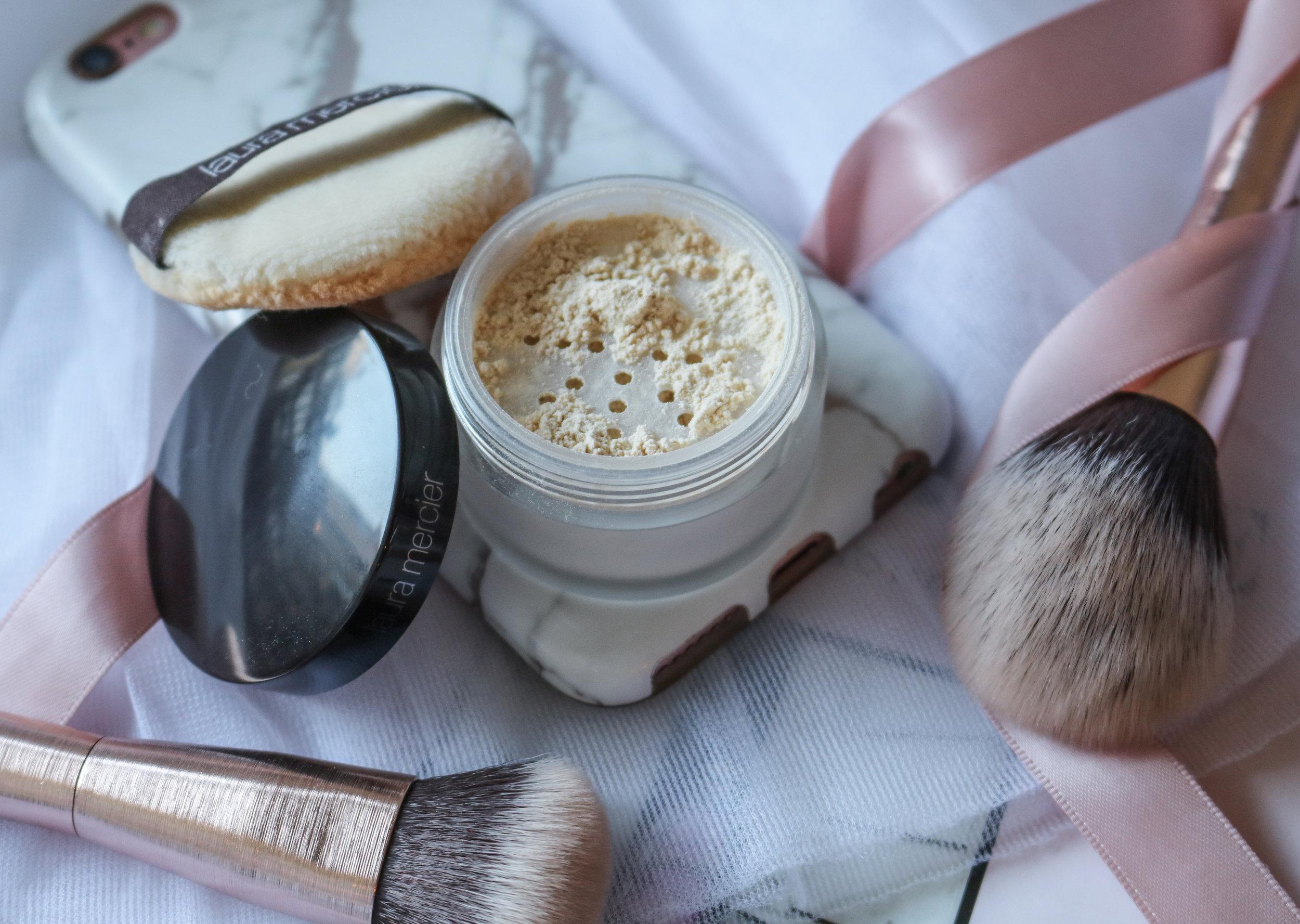 The Hungarian Brunette Laura Mercier translucent setting powder review (4 of 4).jpg