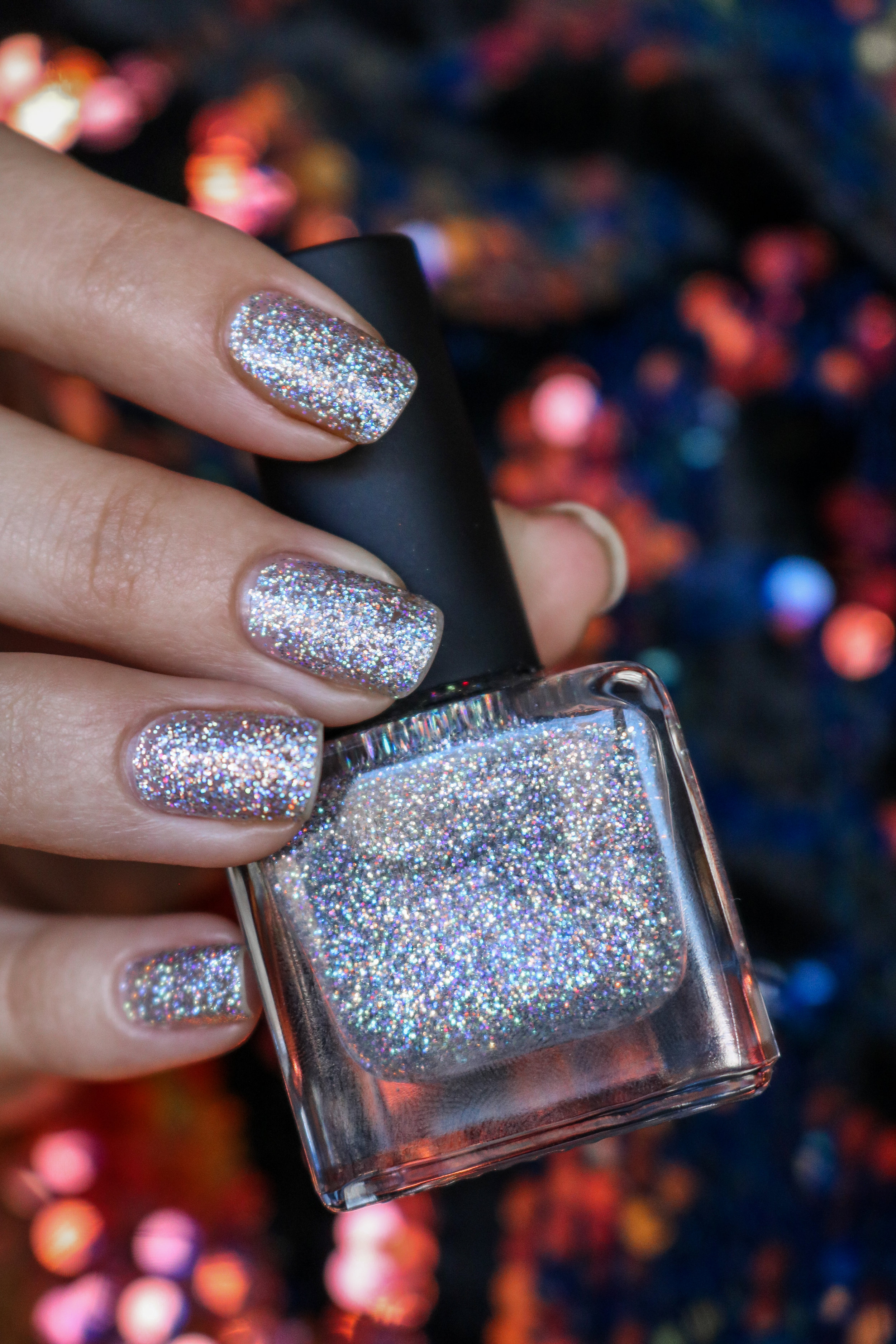 The Hungarian Brunette holographic nails for the holidays (2 of 5).jpg