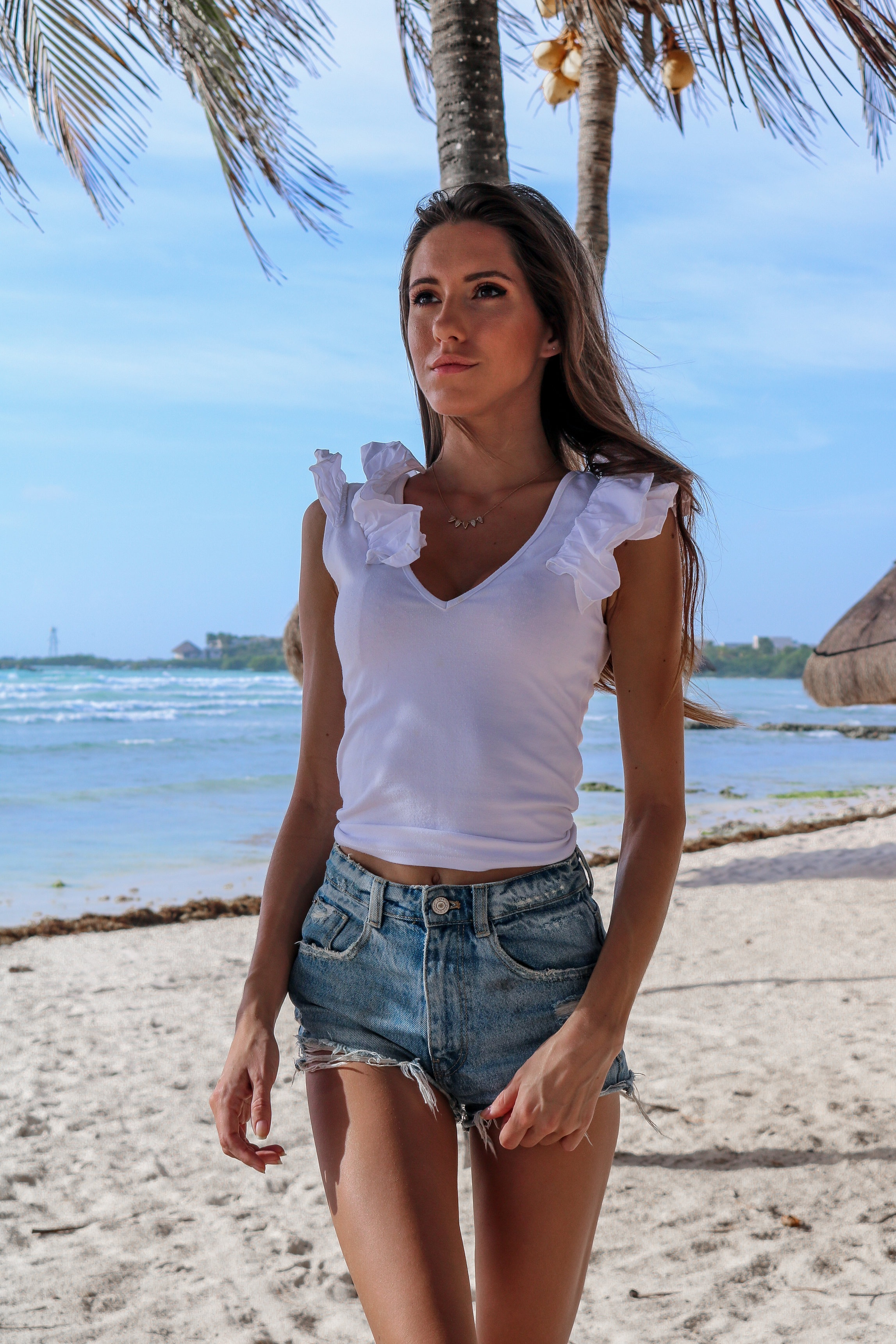 The+Hungarian+Brunette+resort+2019%2C+vacation+style+my+mexico+outfits