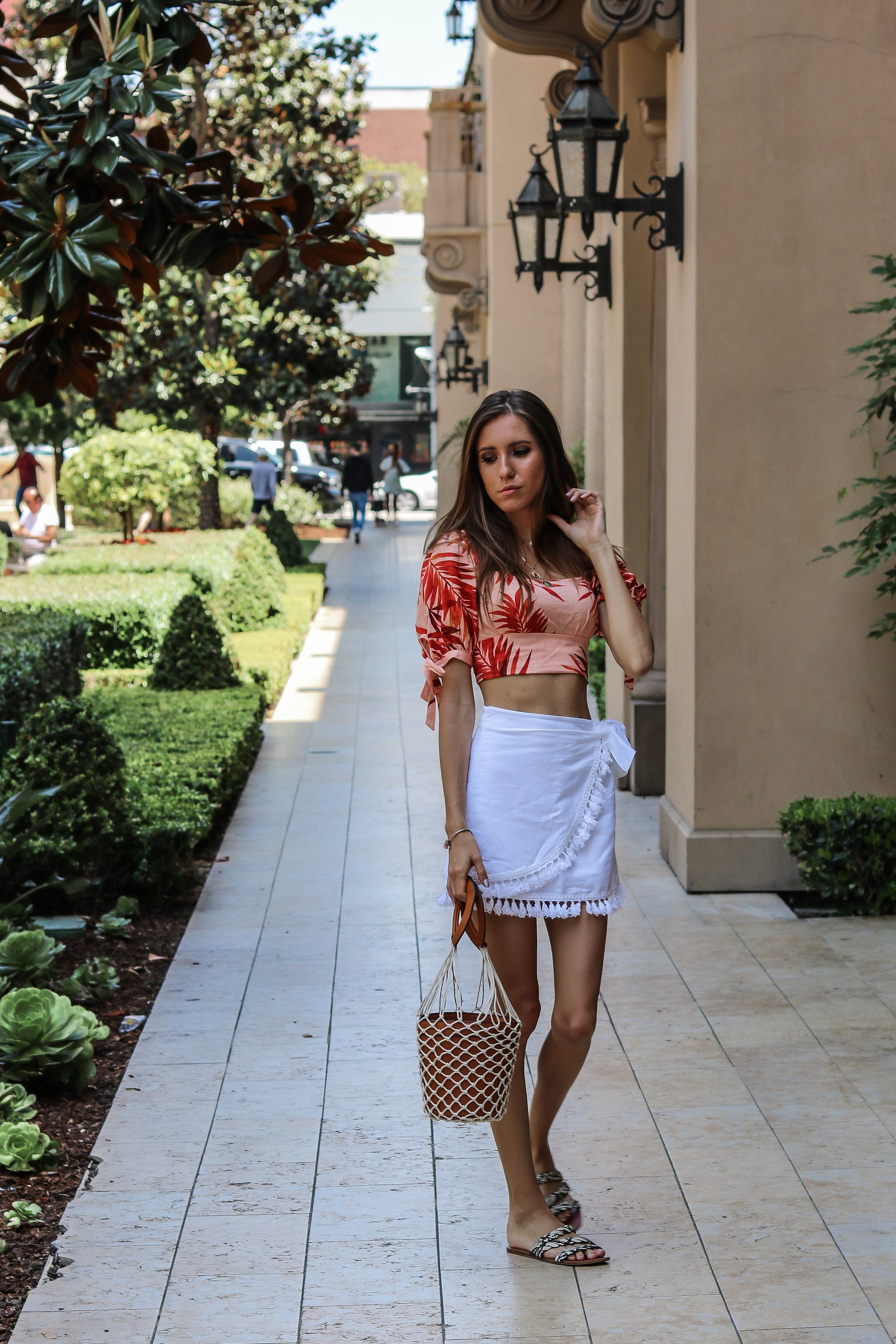 The+Hungarian+Brunette+summer+vacation+outfit+%281+of+9%29.jpg