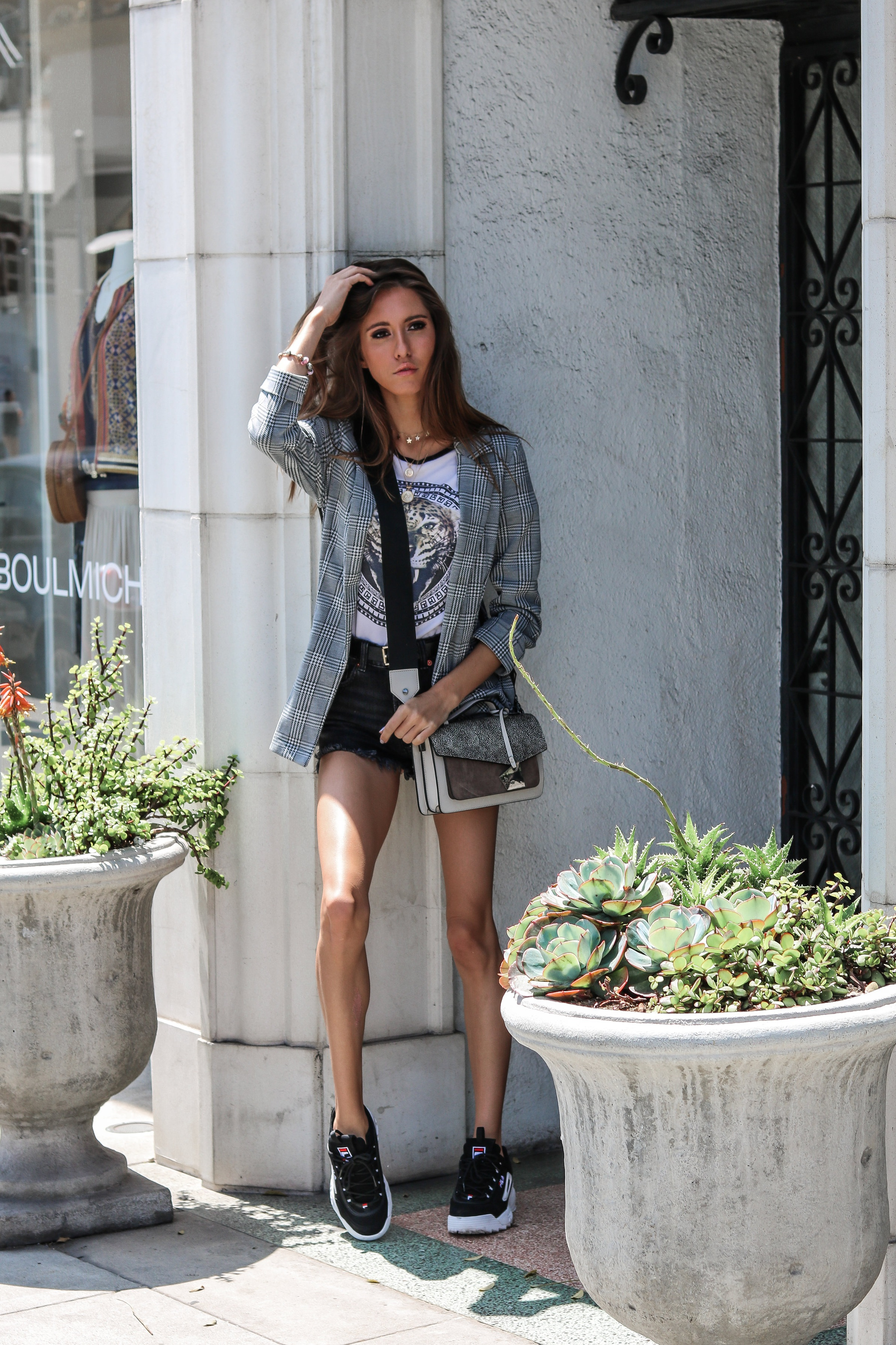 The+Hungarian+Brunette+summer+plaid+blazer+outfit+%282+of+6%29.jpg
