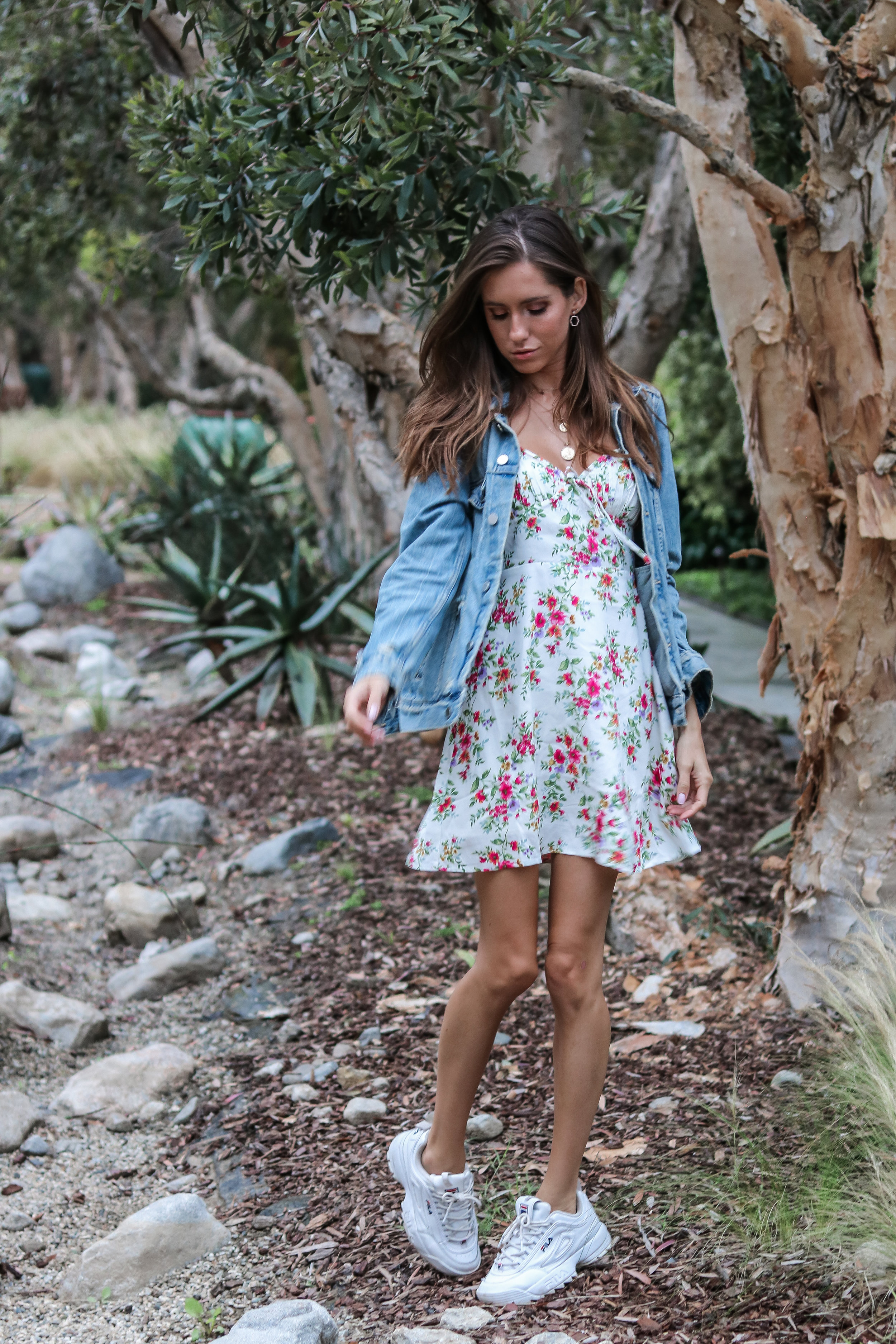 The Hungarian Brunette - 3 ways to wear a denim jacket: feminine and casual, mini dress and sneakers
