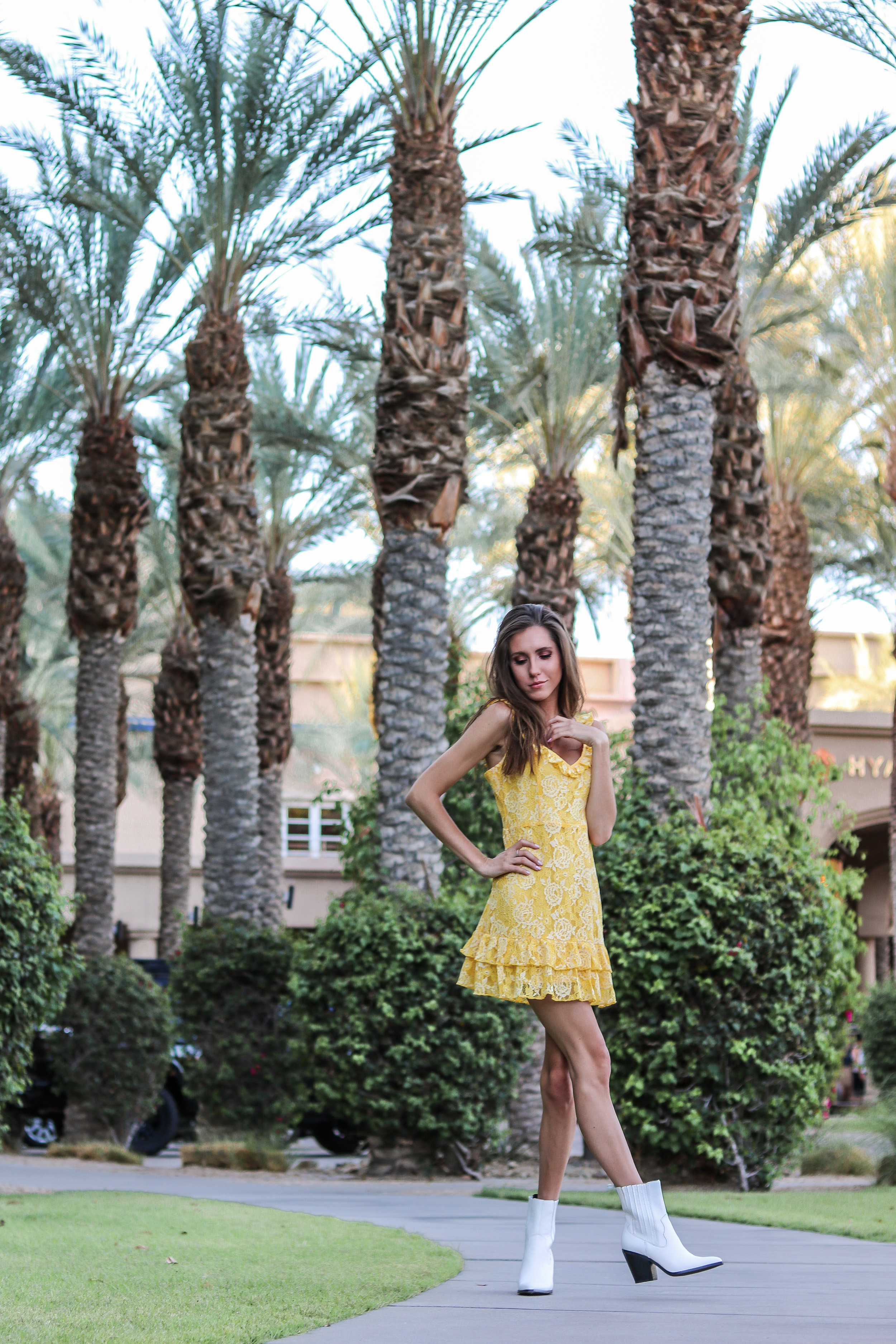 The Hungarian Brunette PALM SPRINGS TRAVEL DIARY: 4 OUTFITS WITH 2 DRESSES, 2 TOPS AND 1 SKIRT