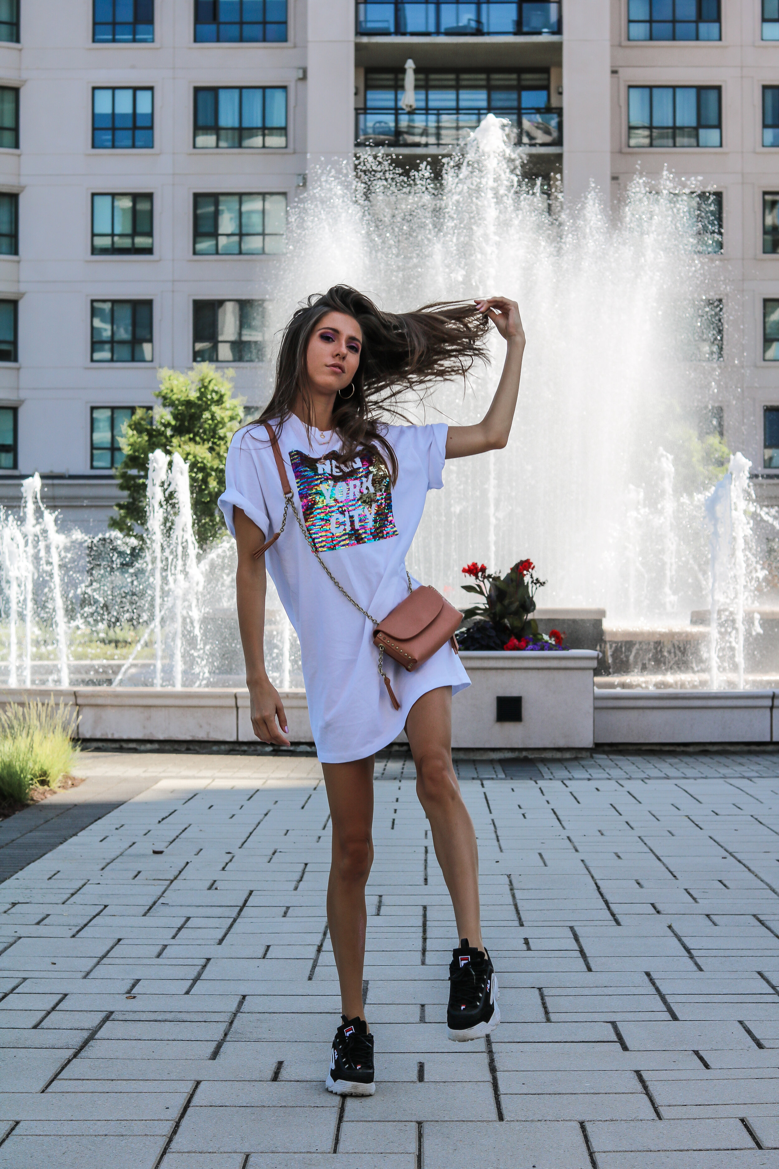The Hungarian Brunette 2 ways to style the oversized t-shirt dress