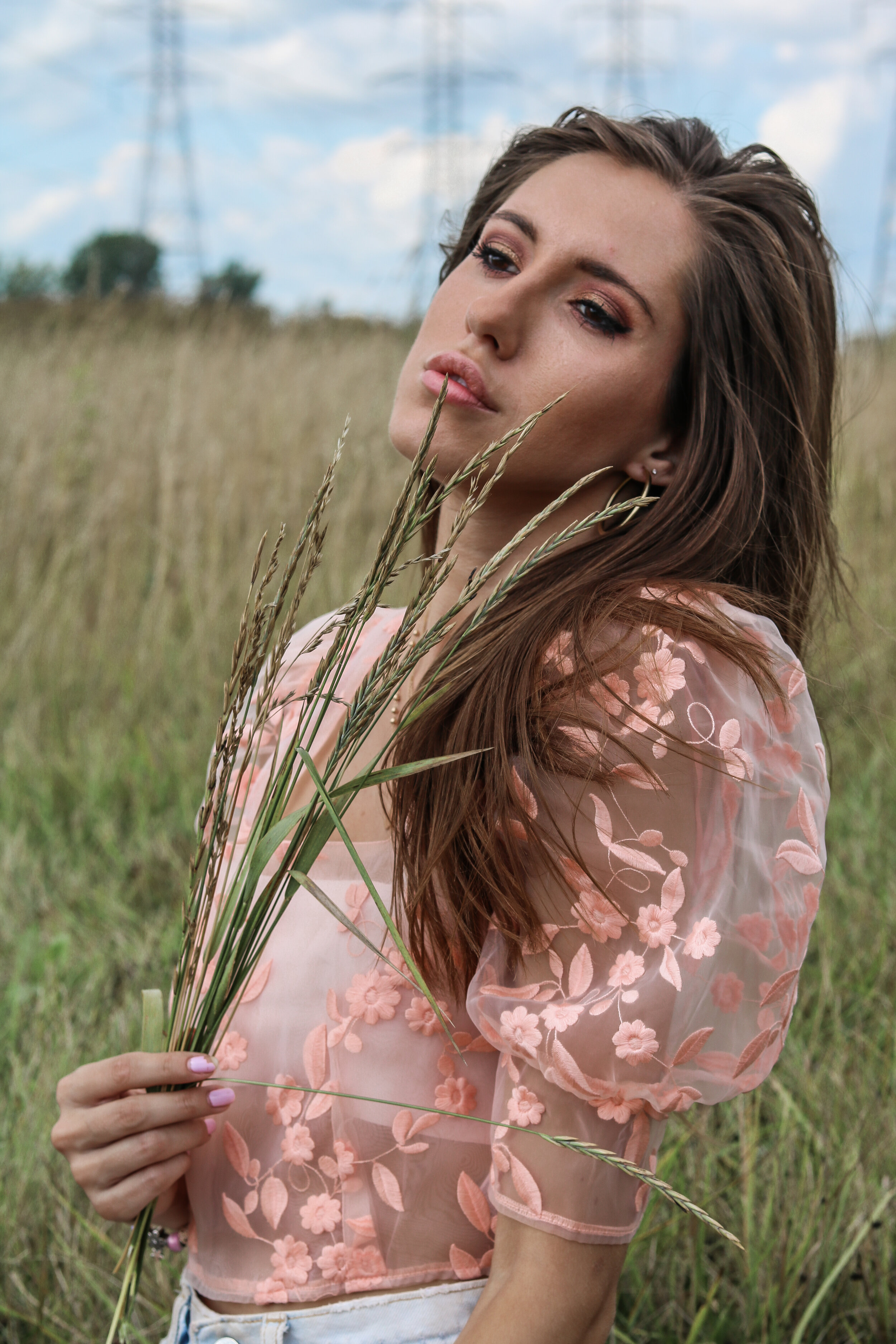 The Hungarian Brunette Pink Sheer floral top (4 of 8).jpg