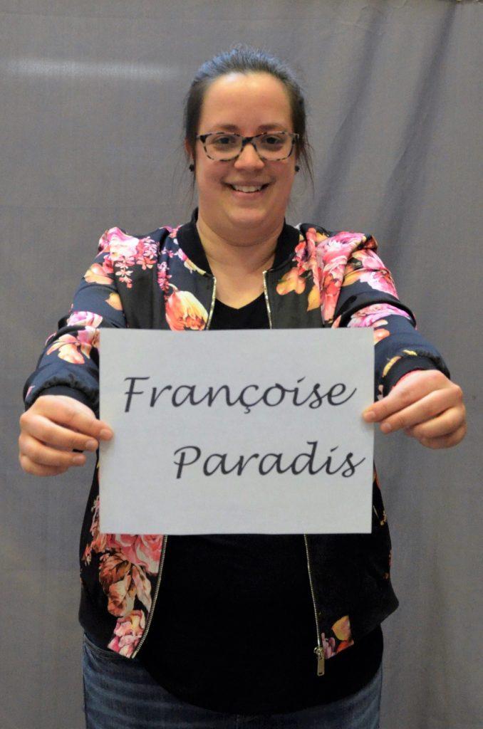 Françoise Paradis   Coordonnatrice du Programme Vacances-Été   slo.pve@videotron.ca