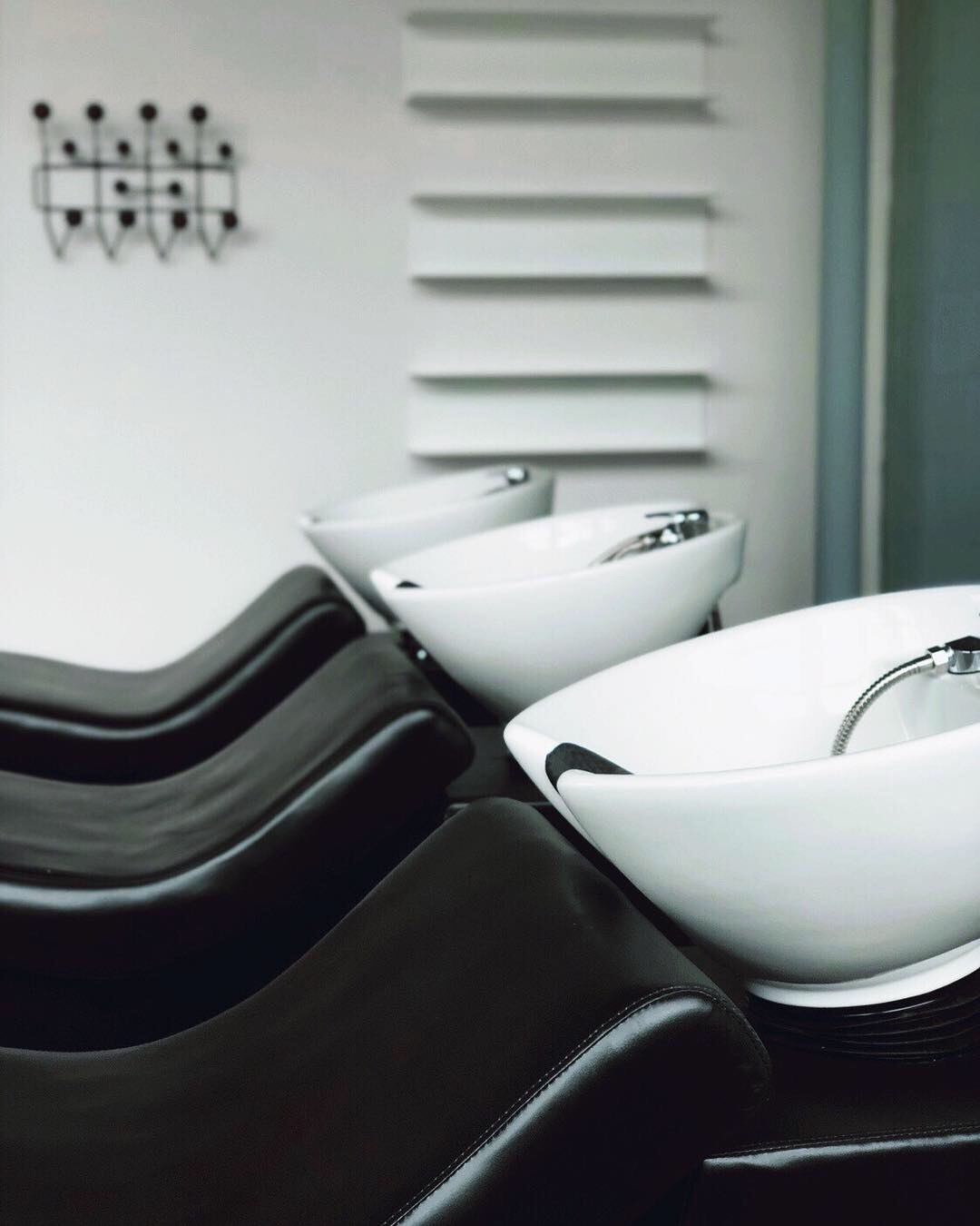 IVEY_Shampoo Lounge.jpg